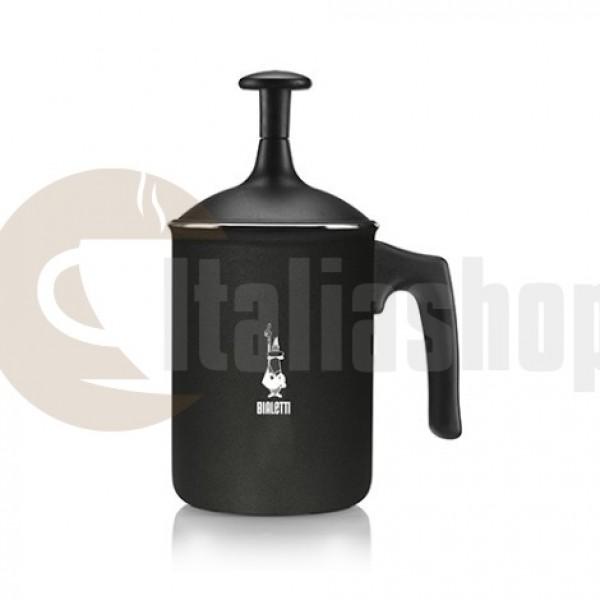 Bialetti Tuttocrema 3482 pentru a pregăti spuma de lapte pentru 3 cești